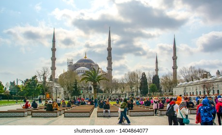 Istanbul Turkey – April 04, 2019: The Blue Mosque, (Sultanahmet Camii) and tourist group , Istanbul