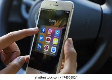 ISTANBUL, TURKEY - AUGUST 26, 2016: Popular social media app icons at the iphone 6 in the car