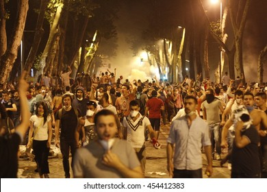 ISTANBUL, TURKEY - June 1, 2013: Protestors clash with Turkish riot policemen on the way to Taksim Square in Istanbul.