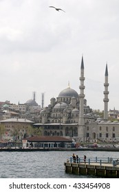 ISTANBUL, TURKEY - MAY 04, 2009: View of Yuni mosque from the Bosphorus river in Istanbul