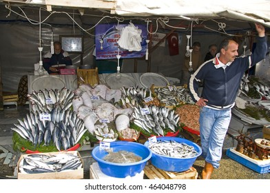 ISTANBUL, TURKEY - MAY 04, 2009: Fishmonger in a market stall Eminonu