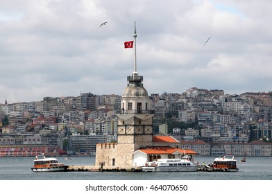 ISTANBUL, TURKEY - MAY 04, 2009: Boat and Tower Leandro, with the city in the background