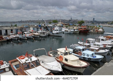 ISTANBUL, TURKEY - MAY 04, 2009: Small jetty on the Bosphorus river , near the tower Leandro