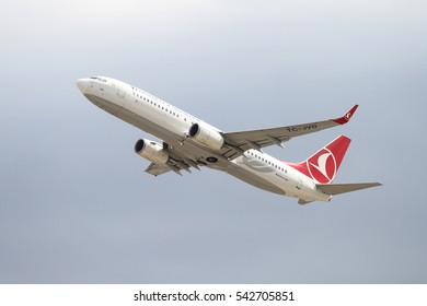 ISTANBUL, TURKEY - OCTOBER 08, 2016: Turkish Airlines Boeing 737-8F2 (CN 42007) takes off from Istanbul Ataturk Airport. THY is the flag carrier of Turkey with 334 fleet size and 292 destinations