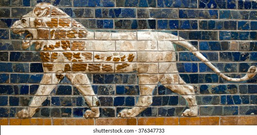 "ISTANBUL, TURKEY - OCTOBER 30: Glazed brick panel with Lion - details of the Babylonian ""Ischtar Tor"" (Ishtar Gate) in the Istanbul Archaeology Museum on October 30, 2015 in Istanbul, Turkey"