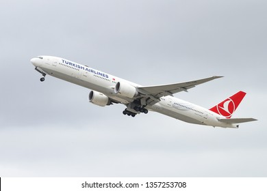 ISTANBUL, TURKEY - SEPTEMBER 30, 2018: Turkish Airlines Boeing 777-3F2ER (CN 40707) takes off from Istanbul Ataturk Airport. THY is the flag carrier of Turkey with 330 fleet size and 304 destinations
