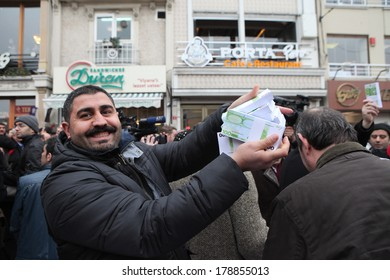 ISTANBUL, TURKEY-FEBRUARY 26, 2014:  Rebuplican People's Party organised a protest, which relate to allegations of corruption and bribery in Taksim Square