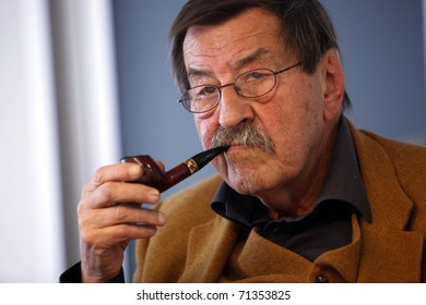 ISTANBUL-APRIL 17:Author Gunter Grass, took part in a special panel discussion on April 17,2010,in Istanbul.The event marked the final stop of the Goethe Instituts long-running literature project