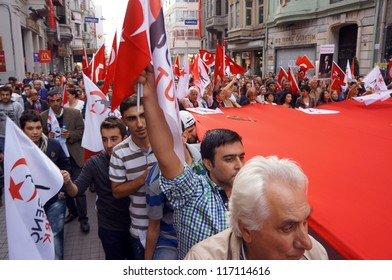 ISTANBUL,-OCT 29: Many people in Turkey celebrate Republic Day on October 29 by attending performances and participating in traditional processions with flags on October 29, 2012 in Istanbul,Turkey.