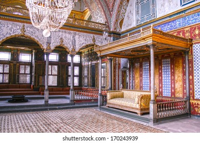ISTANBUL,TURKEY- SEPT 28,2007: Beautifully decorated vintage audience hall of Sultan at Topkapi palace in Istanbul