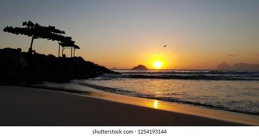 Itaipu beach on the sunset