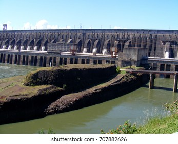 Itaipu binancional, hydroelectric plant, Brazil-Paraguay