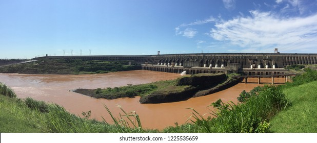 Itaipu dam during catastrophic floods. Climate change.