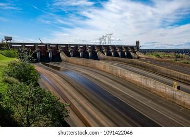 Itaipu Dam, Paraguay/ Brasil
