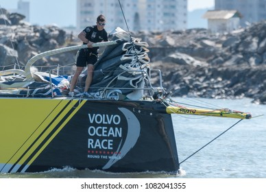Itajai, Santa Catarina, Brazil - 2018 04 22 - Team Brunel's Crew Prepares The Sails For The Race To Newport, Rhode Island, USA