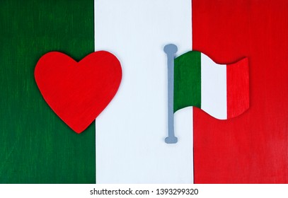 Italian flag background, with flag icon and love heart for Italy - in 'il tricolore' colors, for Italian culture & lifestyle, with space for text / design.