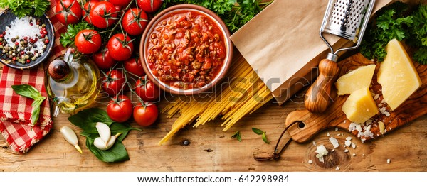 Italian food ingredients for Spaghetti Bolognese Kitchen Wallpaper