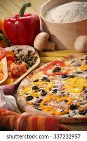 Italian food setting with pizza
