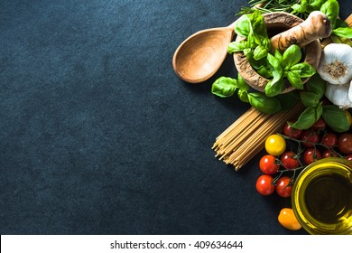 Italian healthy spaghetti, border background, from above flat lay ingredients