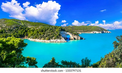 Italian holidays in Puglia - Natural park Gargano with beautiful turquoise sea