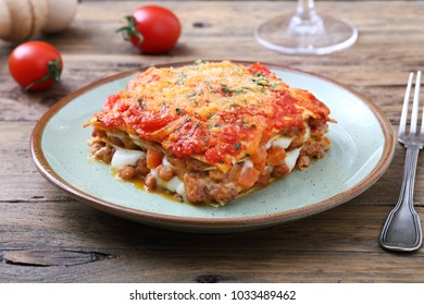 italian lasagna with bolognese sauce