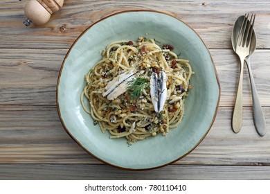 italian pasta with sardienes