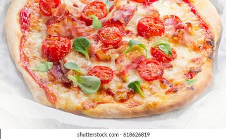 Italian Pizza. Healthy eating. Flat lay