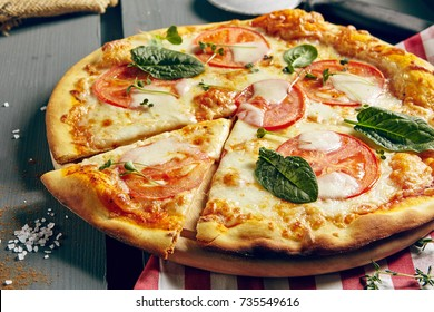Italian Pizza Restaurant Menu - Classic Margarita Pizza. Pizza Dinner