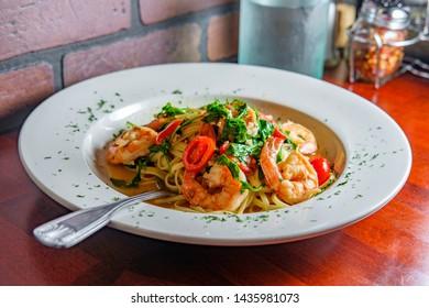 Italian shrimp with linguine Gamberoni Aglio e Olio