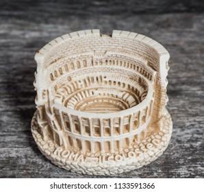 italian souvenir: little colosseo