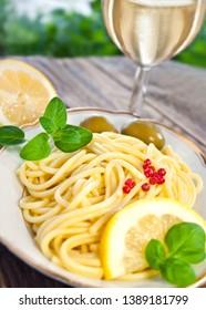 Italian spaghetti dish Al Limone