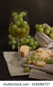 italian wine with cheese and berry