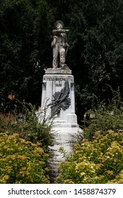 "ITALY, BRESCIA: the statue of Tito Speri patriot born in Brescia in 1825, sculptured by Domenico Ghidoni in 1888, botticiono stone. He led revolution against the Austrians during ""10 days of Brescia"""