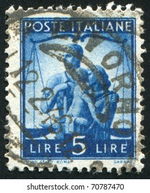 ITALY - CIRCA 1945: stamp printed by Italy, shows United Family and Scales, circa 1945