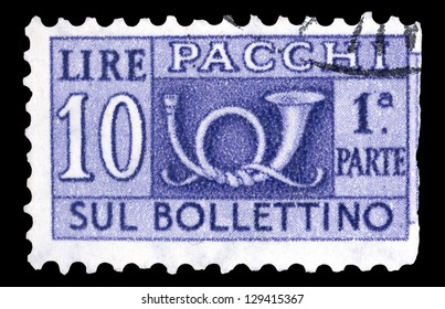 """ITALY - CIRCA 1946: A postage stamps printed in Italy (half affixed to the receipt) for packets and parcels shows post horn, with inscription """"Pacchi"""", from the series """"Parcel post stamps"""", circa 1946"""