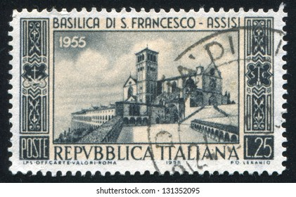 ITALY - CIRCA 1955: stamp printed by Italy, shows Basilica of St.Francis, Assisi, circa 1955