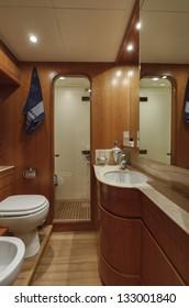 Italy, Fiumicino (Rome), RIZZARDI TEKNEMA 65 luxury yacht, master bathroom