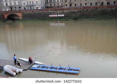 italy florance canoe river water
