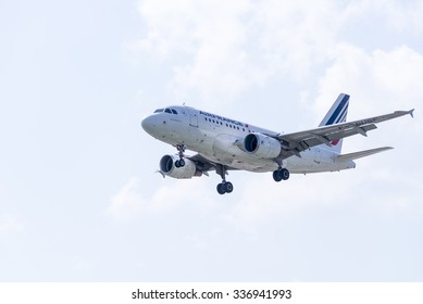 ITALY - FLORENCE SEPTEMBER 02: Air France Airbus A318 lands at Peretola airport, 02 Septembre 2015, Italy. Peretola airport is the second airport in Tuscany.