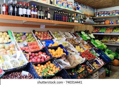 Italy. Greve in Chianti. Local small neighborhood grocery store. 2016-11-08