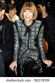 Italy - Milan dicember 27,2017 - Anna Wintour  posed durin the fashion week