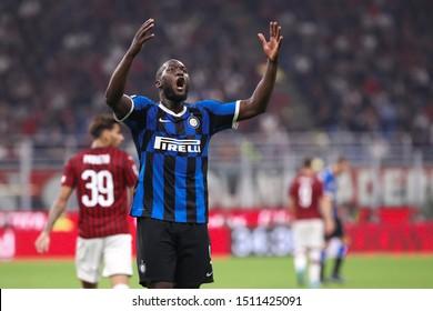 Italy, Milan, september 21 2019: Romelu Lukako, fc Inter striker, incites the fans in the second half during football match AC MILAN vs FC INTER, Serie A 2019/2020 day4, San Siro stadium
