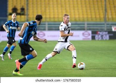 Italy, Parma, june 28 2020: Dejan Kulusevski, Parma midfielder, runs up the field in the first half during football match PARMA vs FC INTER, Serie A Tim 2019/2020 day28, Tardini stadium
