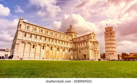 Italy, Pisa, Piazza del Duomo