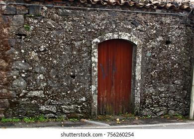 Italy, Sicily: Abandoned house near Etna volcano.