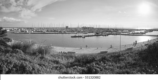 Italy, Sicily, Mediterranean sea, Marina di Ragusa; boats and luxury yachts in the port