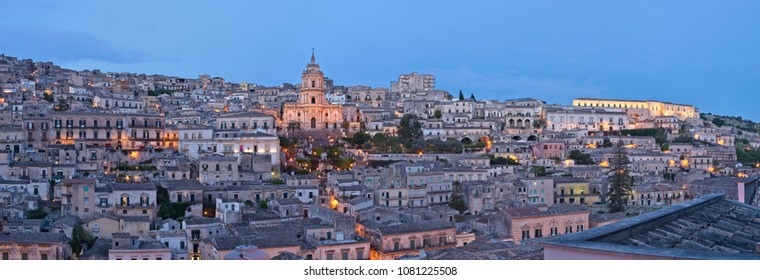 Italy, Sicily, Modica (Ragusa Province), view of the baroque town at sunset