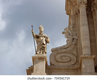 Italy, Sicily: San Marciano Statue, first bishop of Syracuse.