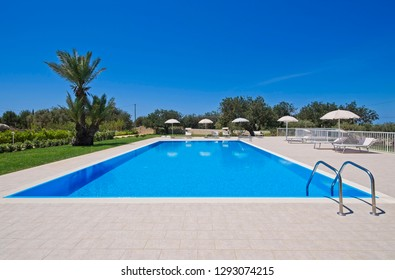 Italy, Sicily, Santacroce Camerina (Ragusa Province), countryside, house garden and swimming pool