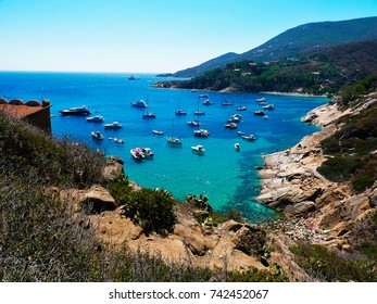 Italy, Tuscany, Maremma, Giglio Island, view of the beach of the cannelle